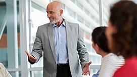 Jakie działania mogą podjąć przedsiębiorcy,  aby jak najdłużej zatrzymać osoby 50+ w pracy?